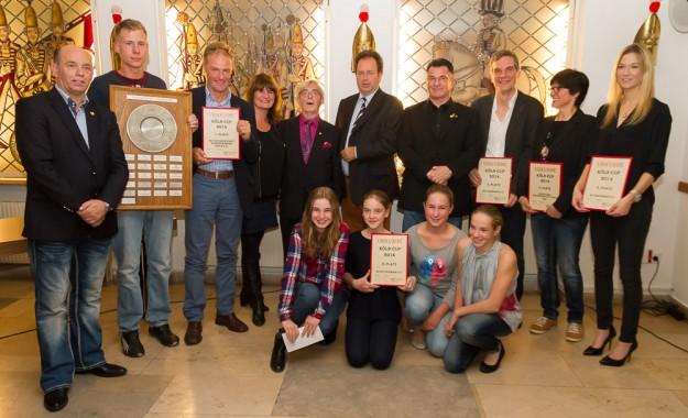 Gruppenfoto Ehrung der KÖLN-CUP-Sieger